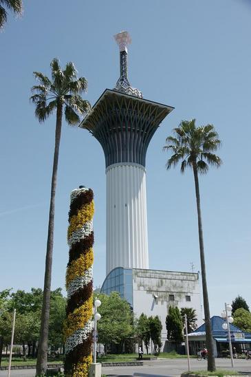 5.いのちの塔a.JPG